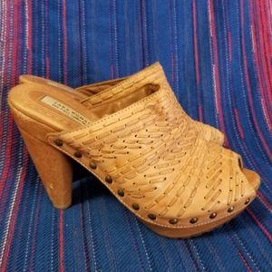 Zara shoes wooden platform studded heel Size 8